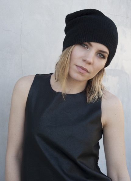 Skylar Grey. ALT SONGWRITER HIP HOP (Best songs: Final Warning, Invisible, Tower) www.missmusicscou...
