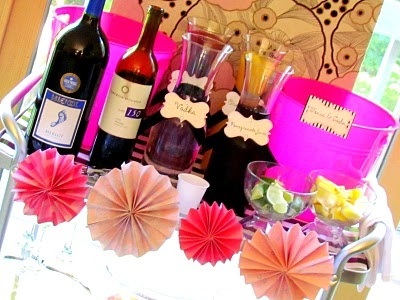 stay at home mom party! :): Stay At Homes, Drinks Stations, Great Idea, Stay At Home Mom, Party Idea, Wine Tables, Mommy Time, Mom Party, Adult Beverage