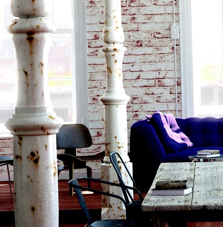 Hvitmalt, pusset teglstein. Fra kolleksjonen New England #Wallpaper