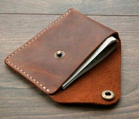 Gentlemen wallet easy to handle in just 25$