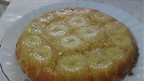 2 Muz 2 yumurta 15-20 dakikada nefis bir keke dönüşüyor.Daha çok elma ,armut vişne ile yaparım. MALZEMELER 2 adet sertçe muz 2 adet yumurta 3 yemek kaşığı şeker 2 Türk kahvesi fincanı un 3-4 yemek kaşığı sıvıyağ , veya tereyağı 1...