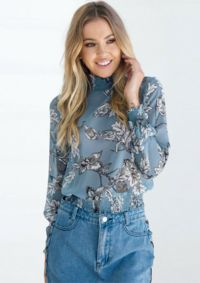 Simone Top Wild Billy online fashion boutique! Free shipping and nothing over $50!
