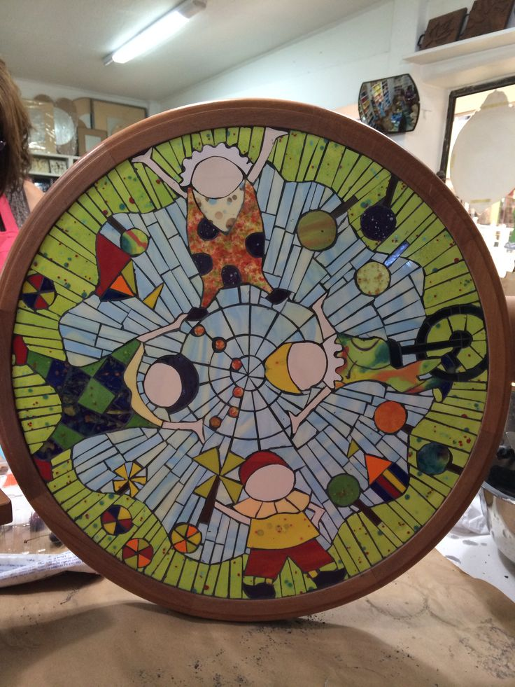 Payasitos en mosaico (clown mosaic) hecho a mano por Viviana Valiente M.