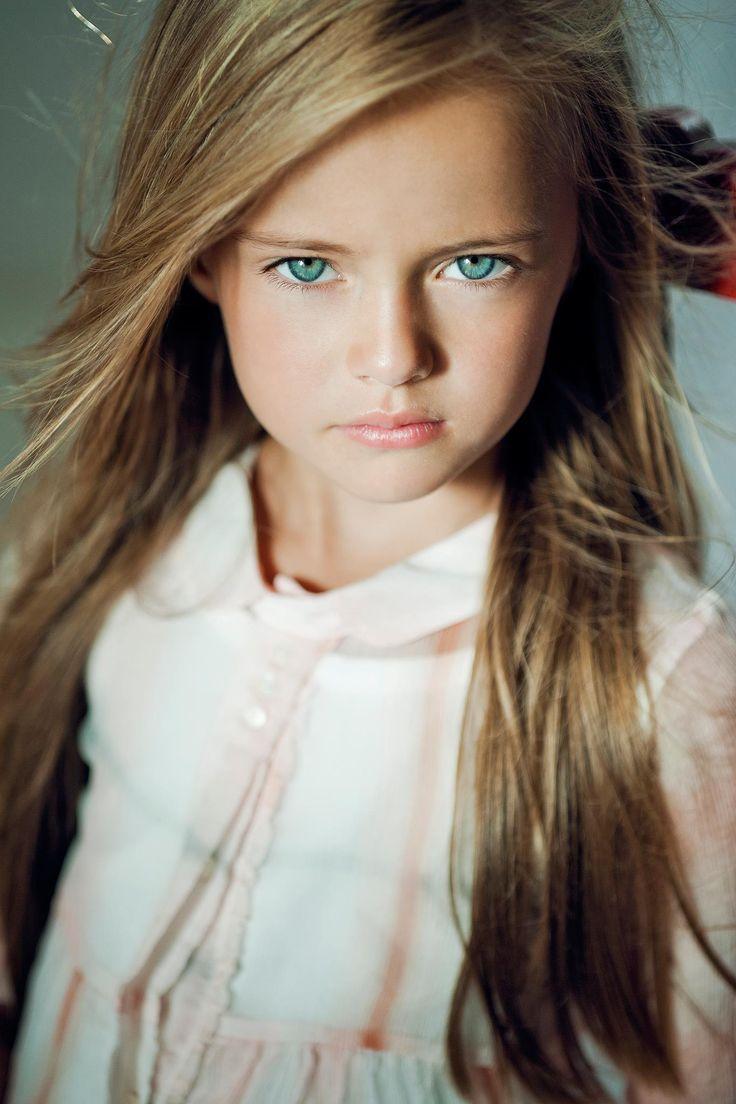 Kristina Pimenova: ~ { PUELLAE PUERIQUE } ~