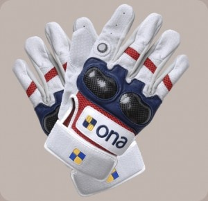 Reinforced knuckle protection gloves £68  https://www.uberpolo.com/ona-polo-carbon-pro-gloves/Image 1