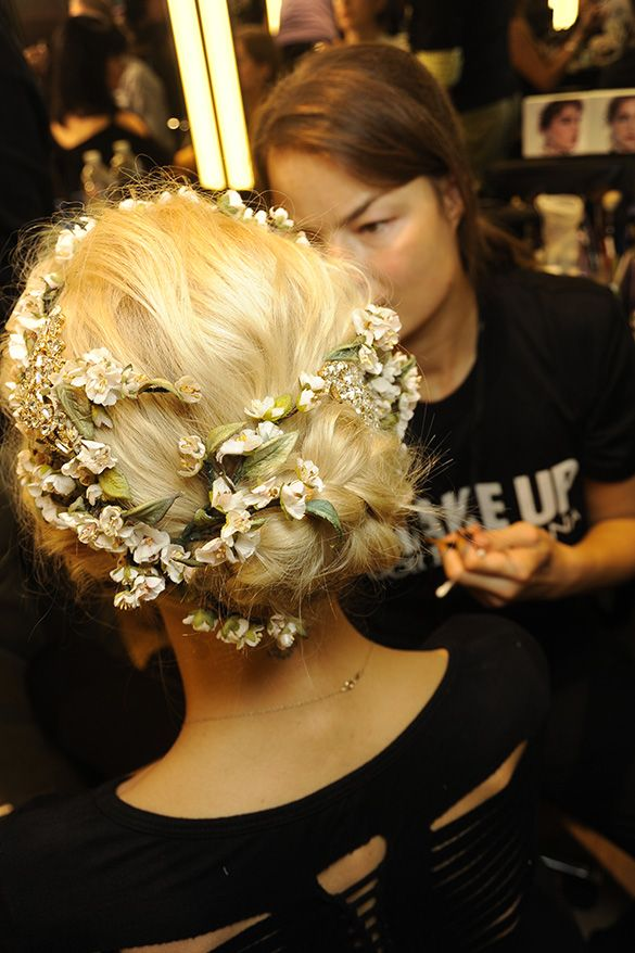 North Bridal Hairstyles With Flowers : 13 best dolce & gabbana fall 2015 16 mfw images on pinterest