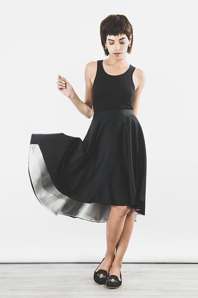 Outsider swing skirt in black organic wool