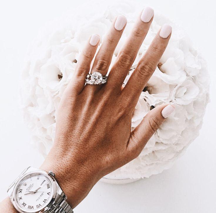 Pin On Big Diamond Engagement Rings 2 3 4 5 Carat