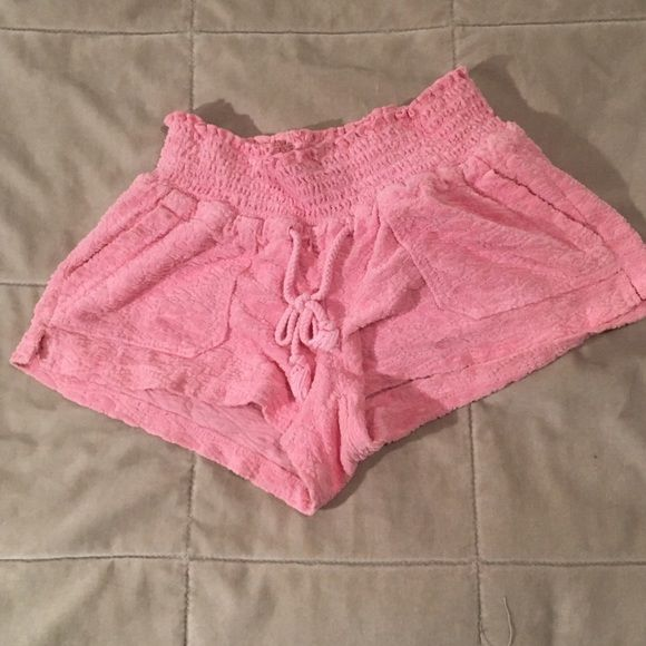 Juicy velour shorts Juicy velour shorts Juicy Couture Shorts