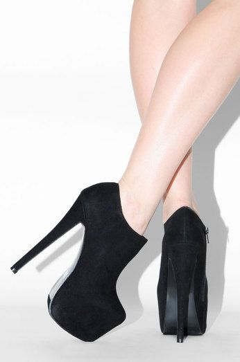 Assassin - Black--> $35.99 at LolaShoetique