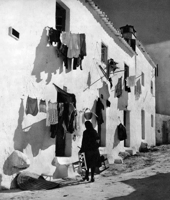 Algarve, by  Artur Pastor, 1965.
