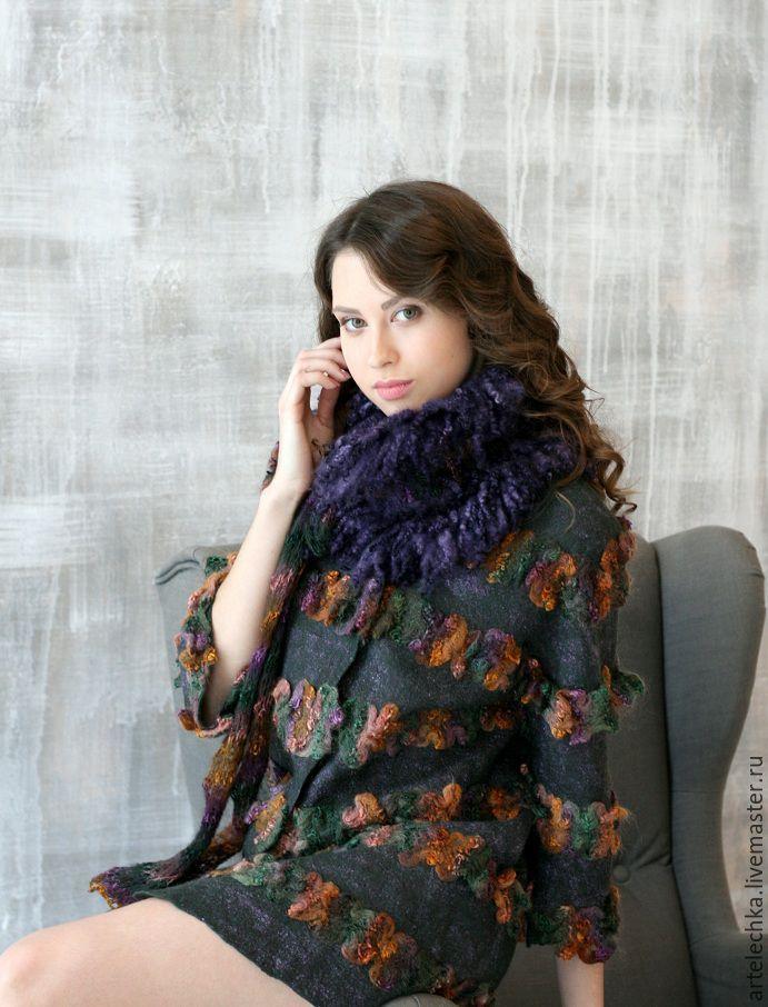"""Купить Пальто укороченное из мериноса """"Цветочная сюита"""" нежное и стильное! - фиолетовый, фактурная пряжа"""