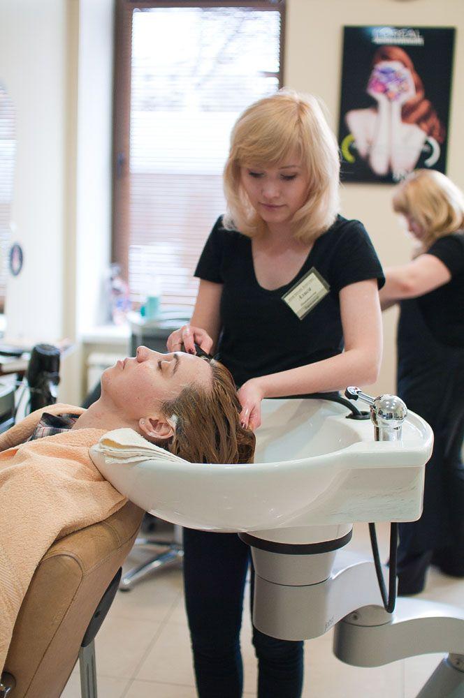 Требуются парикмахеры Салон красоты «Дарья»