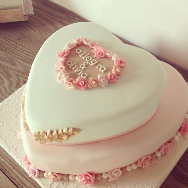 7 best Anniversary cake images on Pinterest | Anniversary cakes ...
