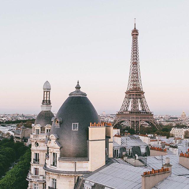 TOP Paris by @paulmougeot • #topparisphoto Allez sur la galerie à la une pour partager les likes !! Look at the featured gallery to share the L❤️VE #communityfirst