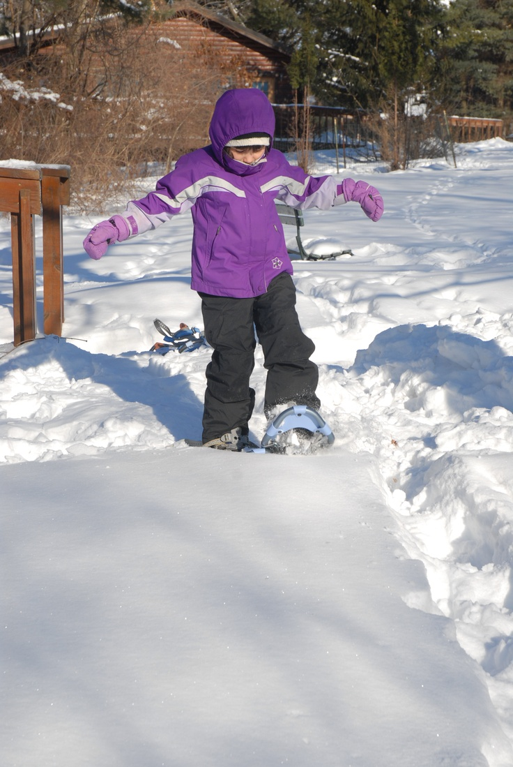 Snowshoeing burns 600 calories per hour!  #snowIowa Outdoor, 600 Calories, Winter Fun, Snowshoe Burning, Burning 600, Sparkle Winter, Happy Outdoor, Healthier Life, Winter Activities