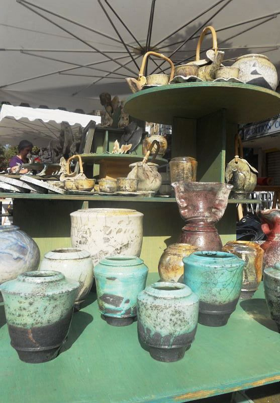 2011 Argilla.Aubagne. France. International pottery fair. Tableware. Deco. Art. Jewels. Earthenware. Stoneware. Raku. Porcelain. Sigillated clay. Smoked clay. Copyright: Laurence Ricciardi