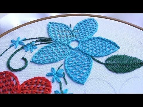 Puntada Fantasia Flor Facill - YouTube