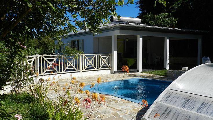 Location vacances maison Saint-Joseph: location avec accès direct à la piscine, grande terrasse