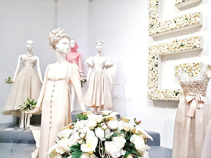 The Wedding Gowns ♥  - Hubert de Givenchy exhibition: To Audrey with Love