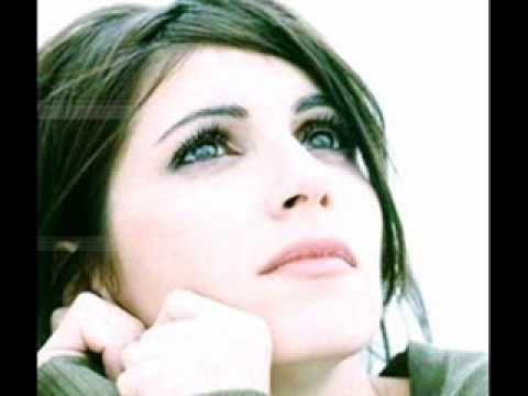 Gocce di memoria - Giorgia - YouTube in memoria di Alex Baroni