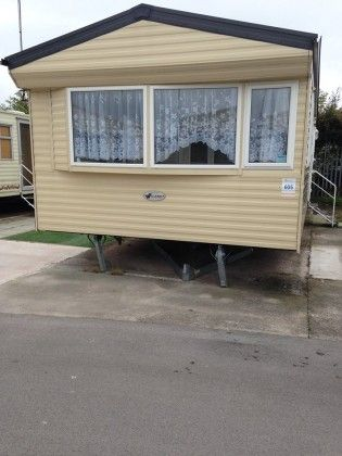 Willerby Endeavour 6 berth Caravan for rent at Golden Gate Holiday Centre, Towyn, North Wales. http://www.rentmycaravan.com/properties/willerby-endeavour-6berth-caravan-on-golden-gate-caravan-park-towyn-north-wales/