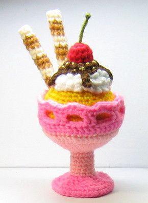 Ice cream sundae crochet