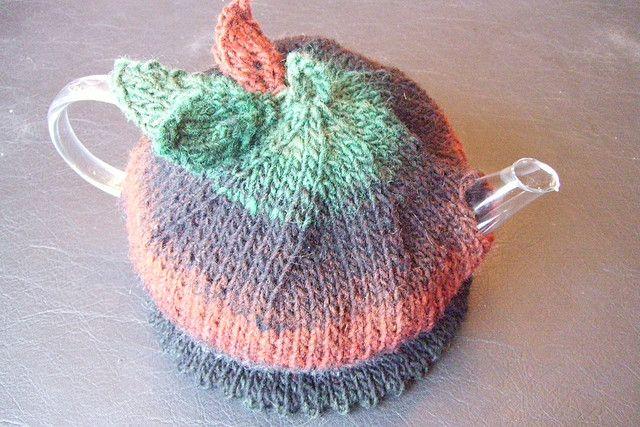 #free #knitting pattern Ravelry: Autumn Tea Cozy pattern by Em Holbert