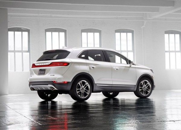 2015 Lincoln MKC Luxury Cars 600x431 2015 Lincoln MKC Full Reviews