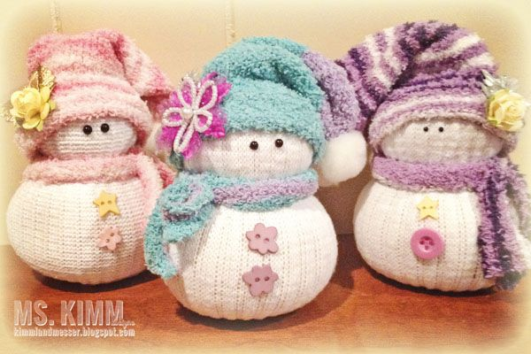 Handmade Sock Snowmen Tutorial - start to finish.  Ton's of photos and tips for getting the most out of your supplies.