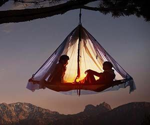 Cowards need not apply to spend a night sleeping in the hanging tent platform. This suspended domicile makes a great resting spot for the weary and experienced...