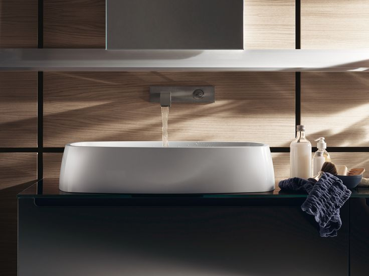 Idro by #Scavolini #Bathrooms | Graced by unprecedented washbasins and elegant tops, these modules are complemented by fixtures and accessories of innovative design.
