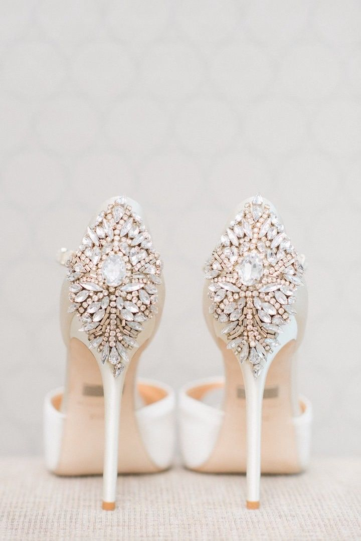 Stylish wedding shoes; Photo: Blush Wedding Photography