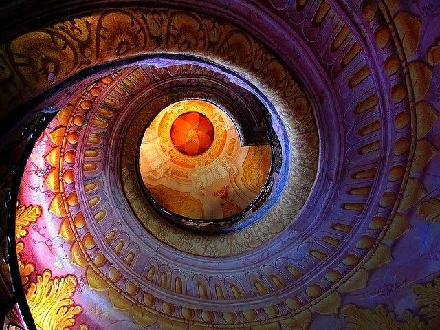 Espiral adornado caja de la escalera, la abadía benedictina de Melk