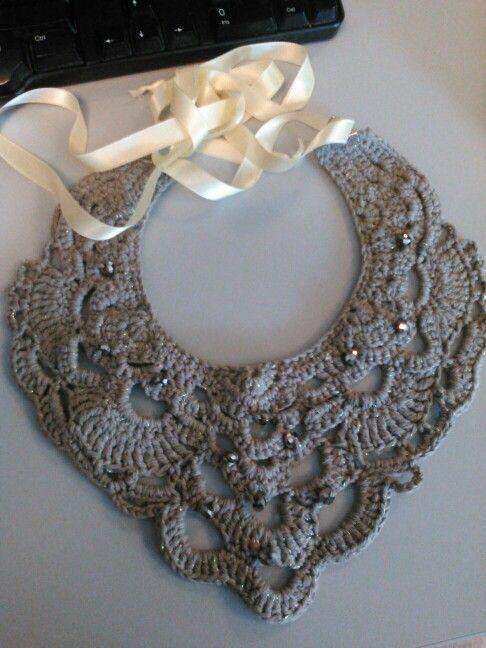 grey /glitter neklace :)