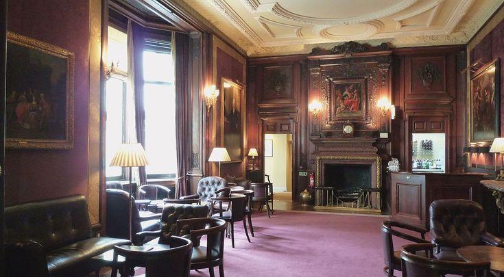 Savile Club, London