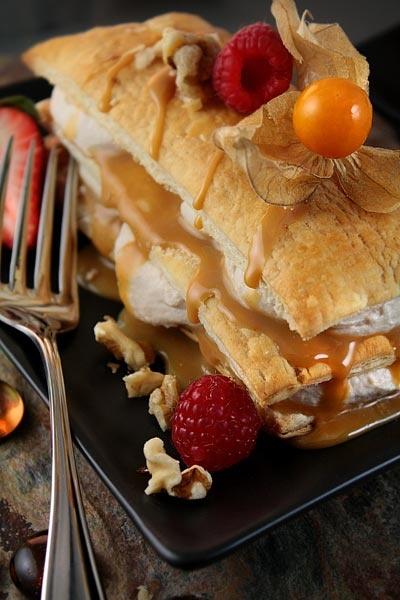 Millefeuilles 'cabane à sucre' lucuma et dulce de leche: méfiez-vous des apparences! | Mme Carrée | Canal Vie