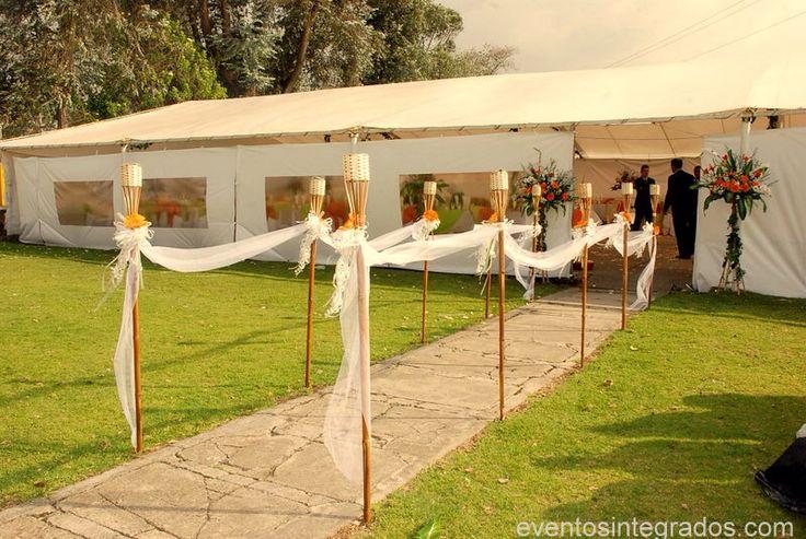 Antorchas velos carpas bodas tu boda perfecta for Antorchas de jardin