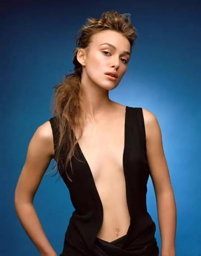 Keira Knightley Forgot Her Hai is listed (or ranked) 17 on the list The 30 Hottest Keira Knightley Photos