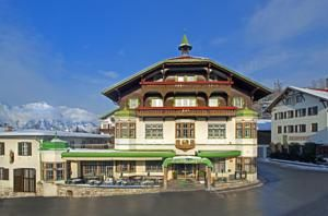 Dating from 1889, this elegant chalet-style hotel in Igls, 300 metres from the Patscherkofel Cable Car and 5 km from Innsbruck, offers panoramic views over...
