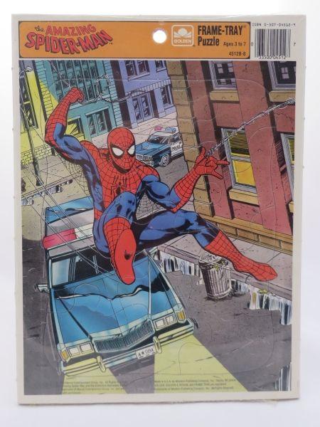 """1990年製MARVEL Entertainment Groupthe AMAZING SPIDER-MAN FRAME-TRAY Puzzle(12ピース)作画は、あの大御所""""JEFF BUTLER""""http://www.jeff-butler.com/color-marvel-comics.htmかなり価値のある逸品です。海外では未だに根強いファンがいる12ピースMARVEL FRAME-TRAY Puzzle1990年作のビンテージ物スパイダーマンパズルとなっています。【サイズ】縦:約28"""