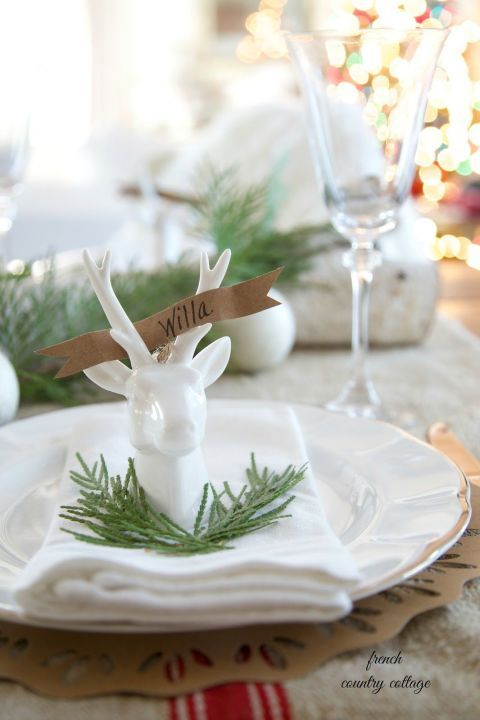 This blogger used reindeer ornaments and gold paint to make these charming place card holders. Impressive!