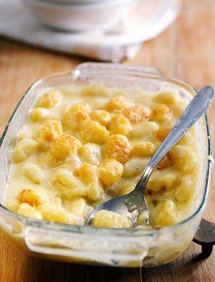 A gnocchi önmagában is elég laktató étel, ha még nyakon öntöd egy jó adag sajtszósszal, garantált, hogy nem maradsz éhes.