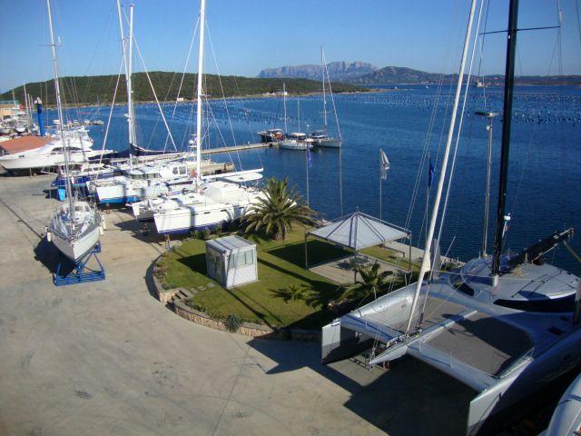 Nausika - Costa smeralda marine center. Rimessaggio e posti barca in Sardegna