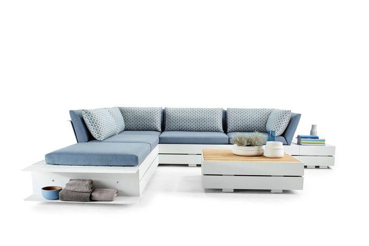 solpuri | BOXX Lounge | Material: aluminium, Teak, HPL and weatherproof fabric #solpuri #boxx #outdoorfurniture #gartenmöbel #stylish #inspiration #homedecor #modular #ostsee #lounge #summer2018