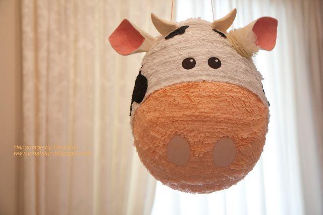 Cow piñata by Pinatafun www.pinatafun.blogspot.com