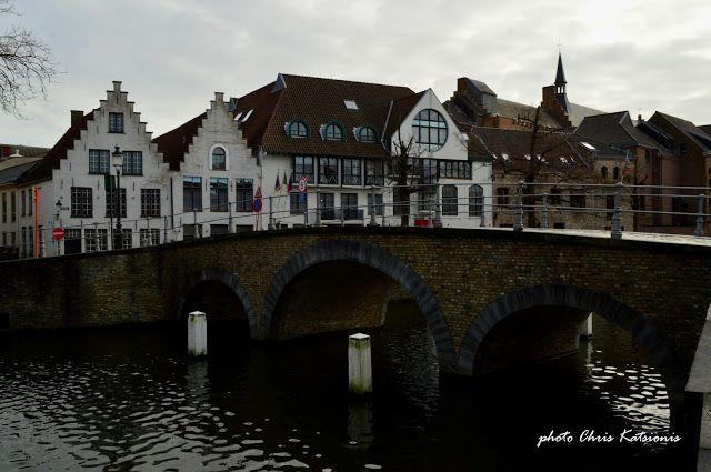 Travel in Clicks: Bruges Canals