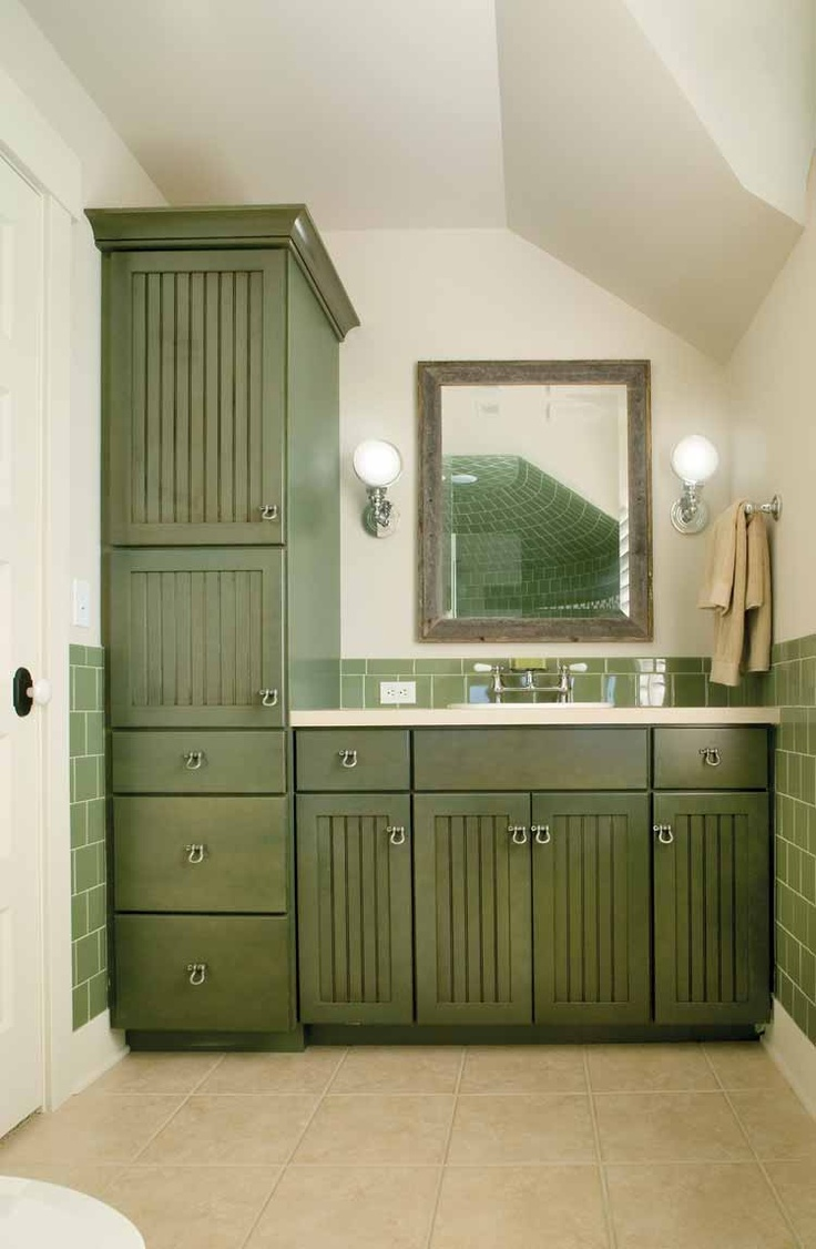 love the green for small bathroom