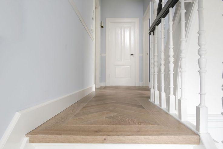 Theo van Epen parketvloeren - Leefbare vloer met visgraatmotief - Hoog ■ Exclusieve woon- en tuin inspiratie.