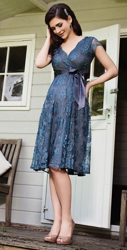 Modele rochii de seara pentru gravide din dantela